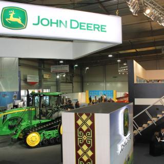 """Стенд для компании """"John Deere"""". Выставка """"Интер Агро 2014"""""""